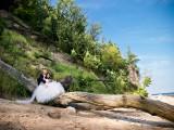 małżeństwo na pniu drzewa
