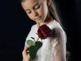 dziewczynka z różą