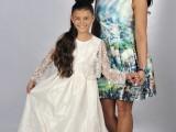 dziewczynki w sukniach